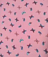 Trikå - Fjärilar på rosa botten